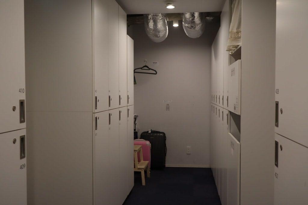 MAYU 東京 WOMANロッカールーム